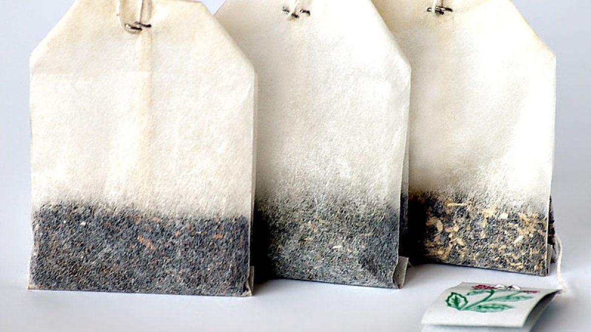 Come riciclare le bustine di tè? Provate a usarle per combattere i cattivi odori in modo naturale