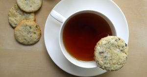 La ricetta dei biscotti profumati al tè Earl grey