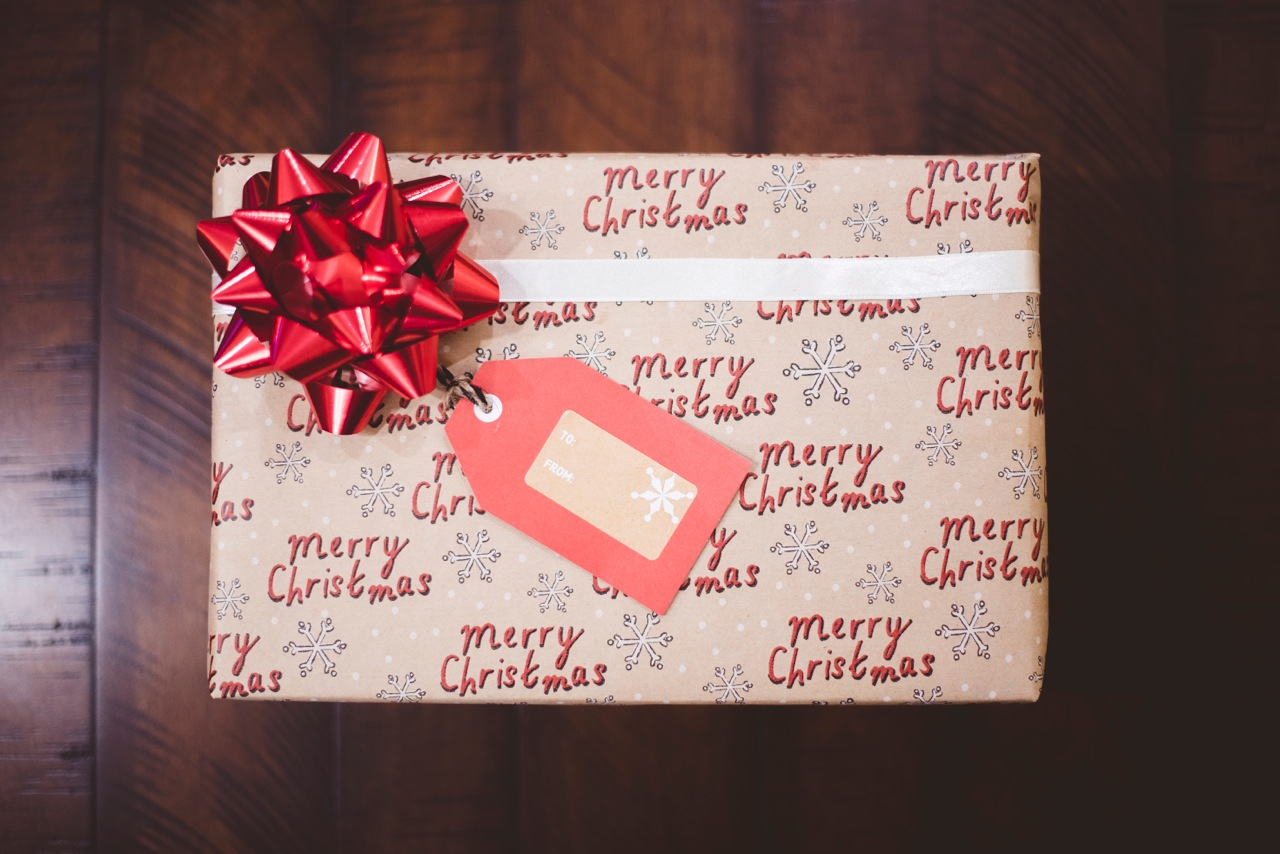 Idee Regalo Per Colleghi D Ufficio : Natale idee regalo per veri tealovers five o clock tea