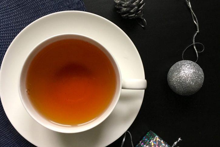 Tutto quello che c'è da sapere sul tè di Natale