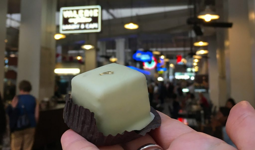 Il petit four al matcha del grand central market di Los Angeles