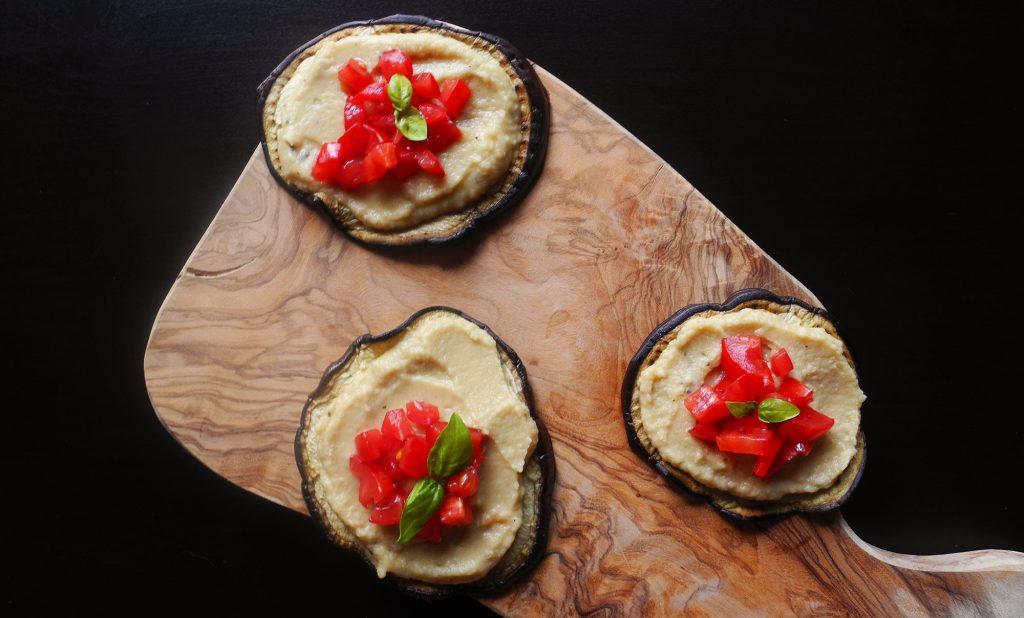 La ricetta di hummus di ceci aromatizzato con tè Lapsang Souchong