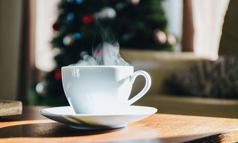 Scoprite come organizzare un tea party di Natale