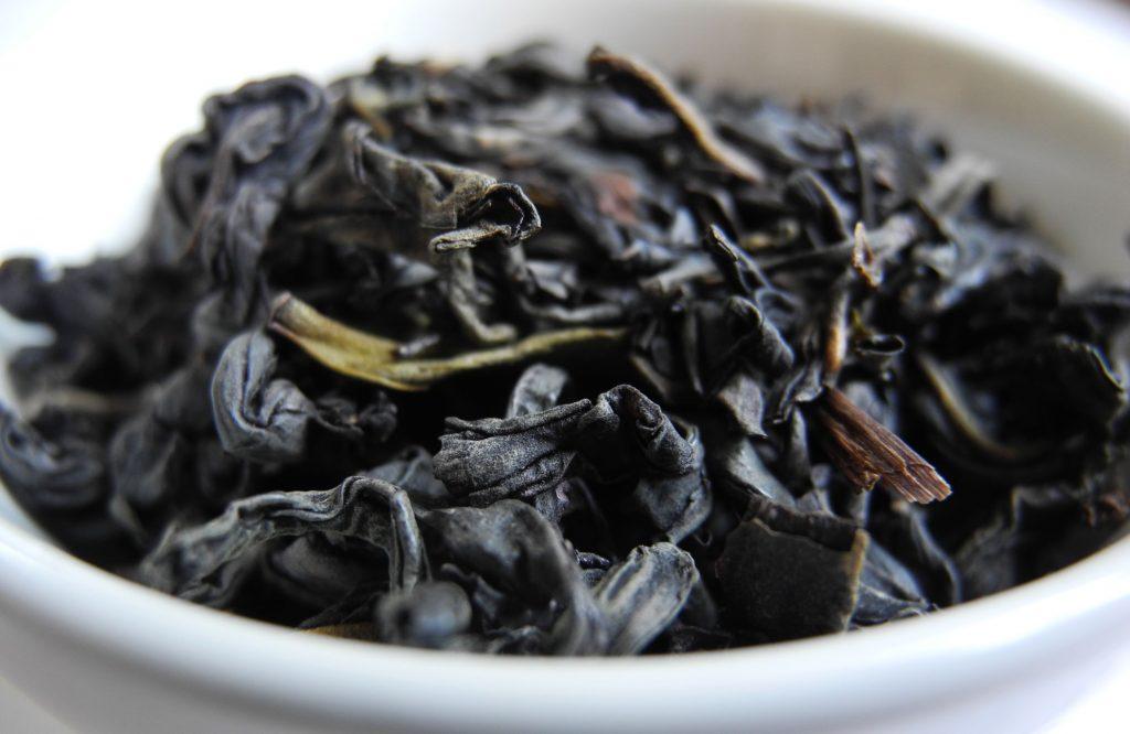 Quali sono le proprietà del tè viola?