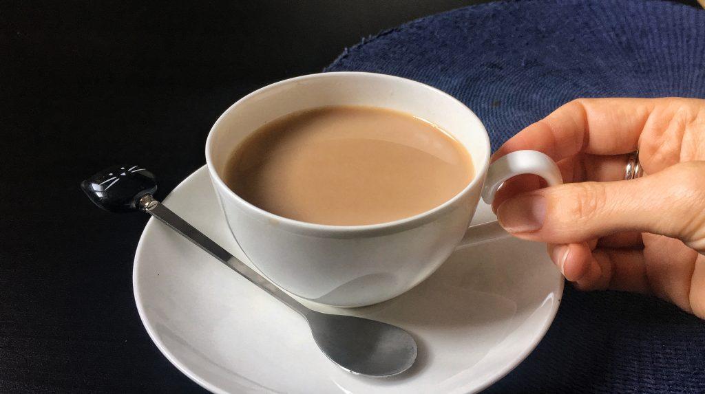La ricetta per preparare il chai tea, il tè speziato indiano