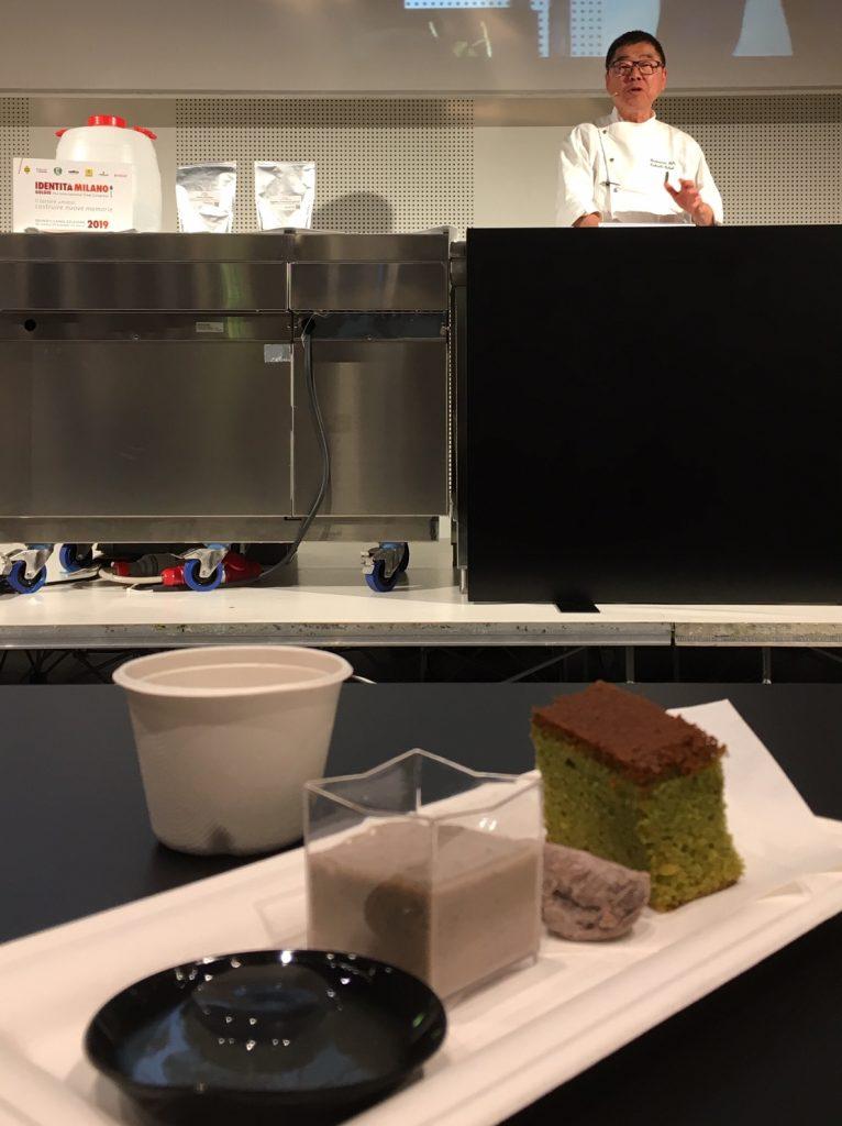 Lo chef Takashi Ochiai prepara ricette con il tè matcha e hojicha