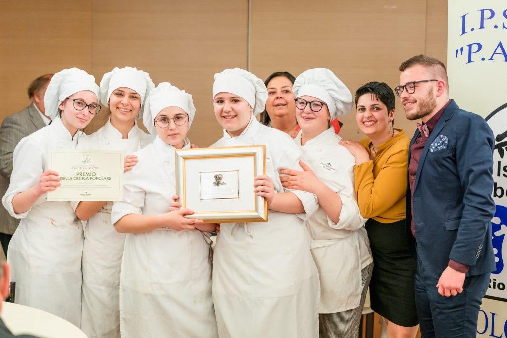La squadra dell'Istituto alberghiero di Campobasso vincitrice del premio La cucina del benessere