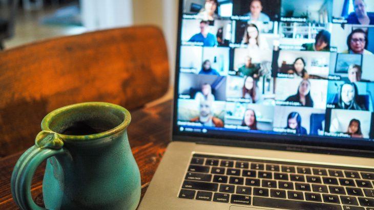 Come organizzare un tea party online