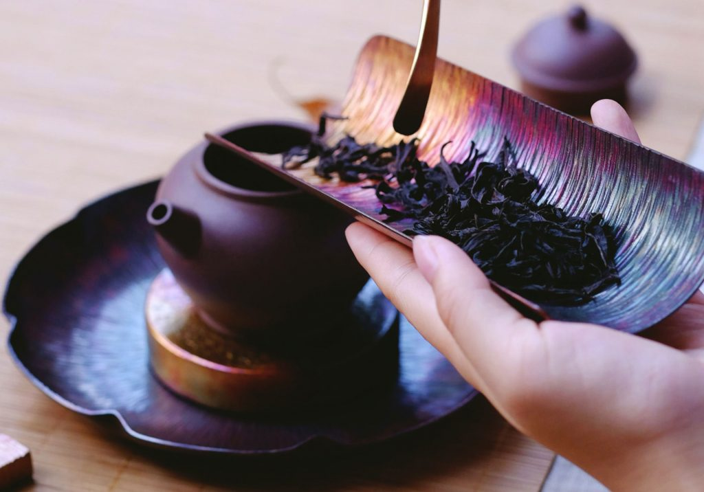 Come eliminare la teina o caffeina dal tè