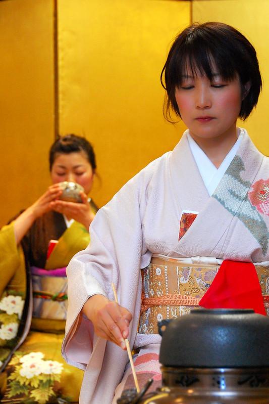 Scopriamo che cosa fare durante la cerimonia del tè giapponese