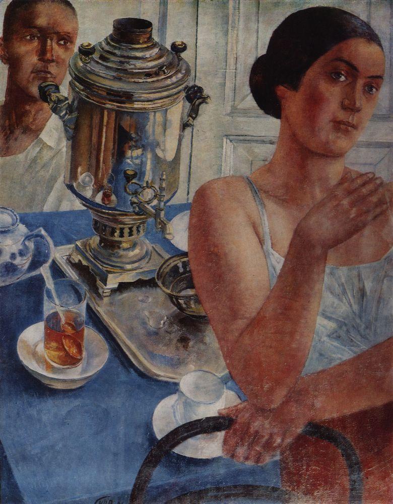Il samovar ha un forte significato nella storia e nella società russa. Scopri quale