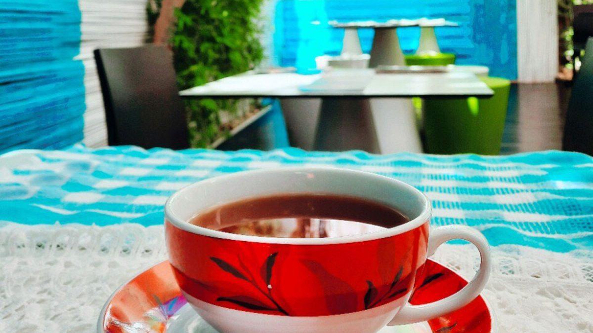 Dove bere tè in Sicilia passeggiando tra i cortili di due piccoli borghi